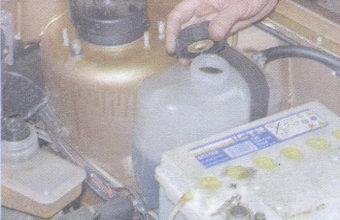 Как слить и залить тосол  на ваз 2109