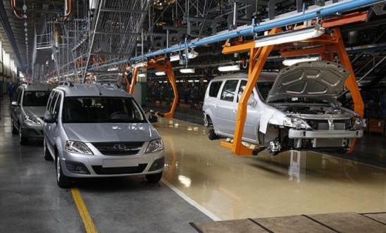 Производство легковых автомобилей в России уменьшилось на 2,6% в текущем году