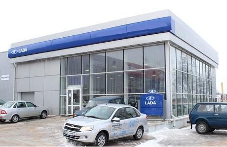 Покупатели автомобилей  в России за частую тратят больше чем запланировали