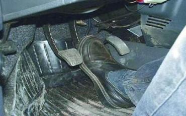 Как заменить тормозную жидкость ВАЗ-2114, 2115, 2113